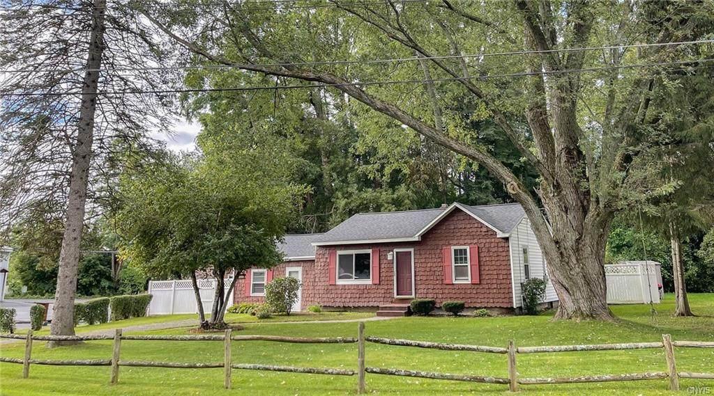 5850 Lakeview Drive - Photo 1