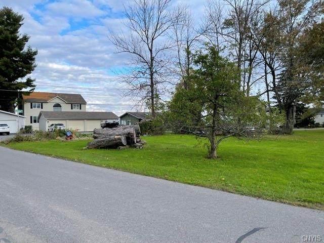 7130 Totman Drive, Cicero, NY 13039 (MLS #S1374355) :: Serota Real Estate LLC
