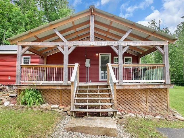 12770 Guernsey Hollow Road, South Valley, NY 14738 (MLS #1043430) :: The Chip Hodgkins Team