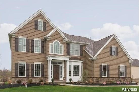 32 Golden Crescent, Orchard Park, NY 14127 (MLS #B1105324) :: The Rich McCarron Team
