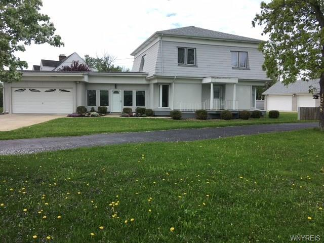 1030 East River Road, Grand Island, NY 14072 (MLS #B1119854) :: Updegraff Group