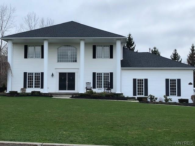 8149 Driftwood Court, Clarence, NY 14221 (MLS #B1191950) :: Updegraff Group