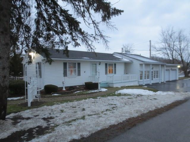 7465 State Route 31, Lyons, NY 14489 (MLS #R1091622) :: The Chip Hodgkins Team
