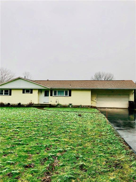 29 Whittier Road, Ogden, NY 14624 (MLS #R1169980) :: Robert PiazzaPalotto Sold Team