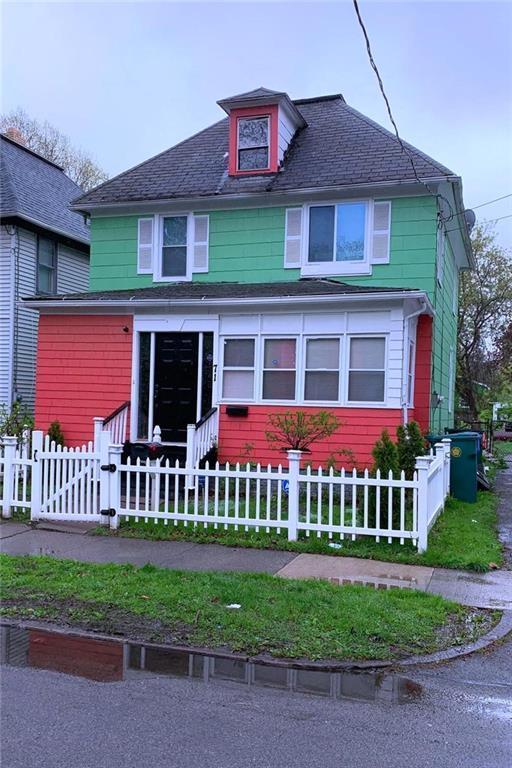 71 Lisbon Street, Rochester, NY 14606 (MLS #R1193526) :: The Chip Hodgkins Team