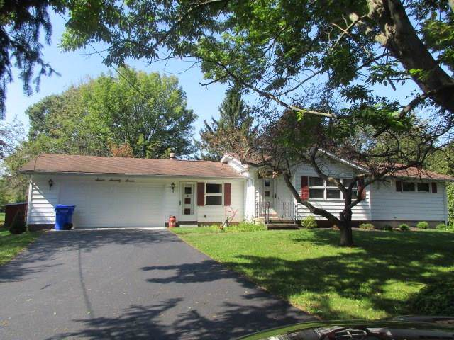 777 Gillett Road, Ogden, NY 14624 (MLS #R1227385) :: The CJ Lore Team | RE/MAX Hometown Choice