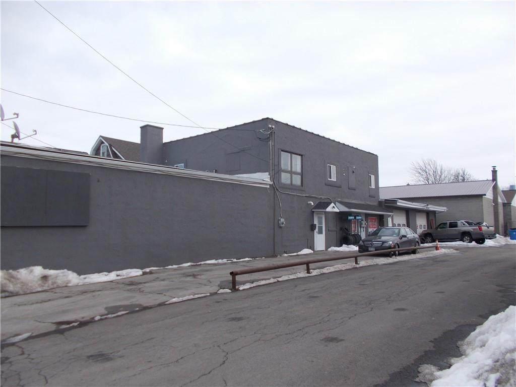 1451 Lyell Avenue - Photo 1