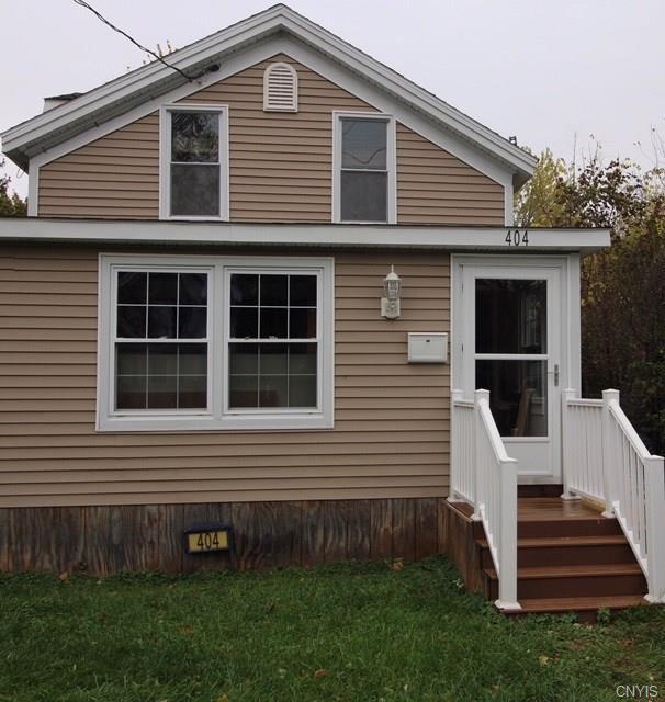 404 Avery Ave, Syracuse, NY 13204 (MLS #S1084526) :: Thousand Islands Realty