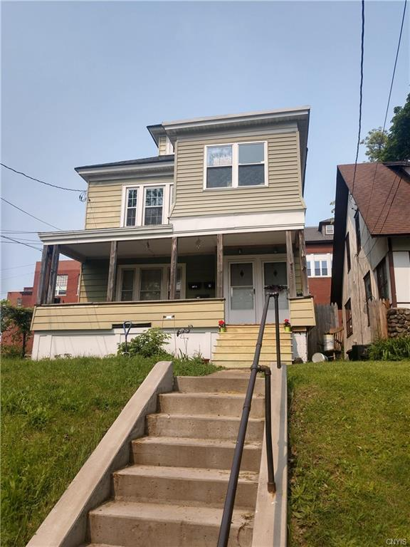 331 Winton Street, Syracuse, NY 13203 (MLS #S1197522) :: Updegraff Group
