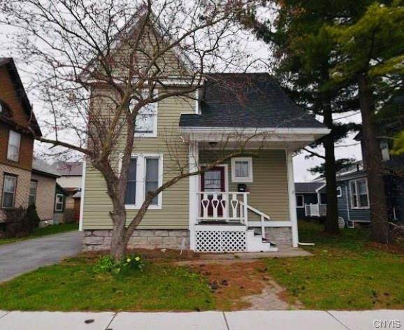 910 Huntington Street, Watertown-City, NY 13601 (MLS #S1262243) :: BridgeView Real Estate Services