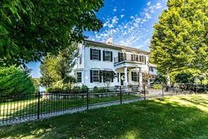 4989 E Lake Road, Cazenovia, NY 13035 (MLS #S1295357) :: Lore Real Estate Services