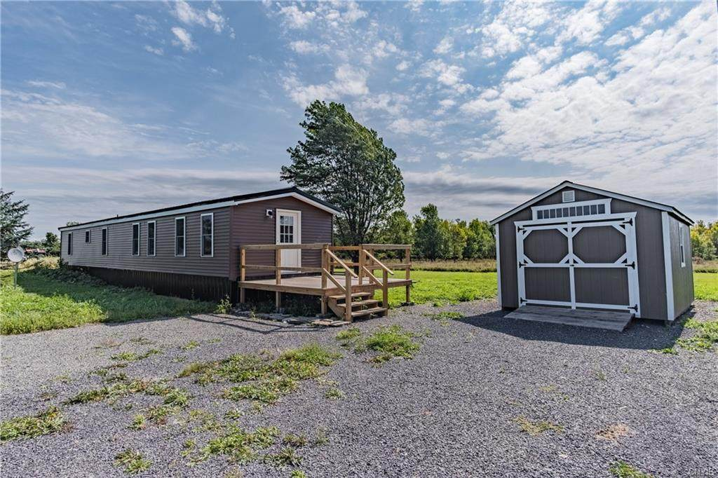 10542 Middle Road - Photo 1