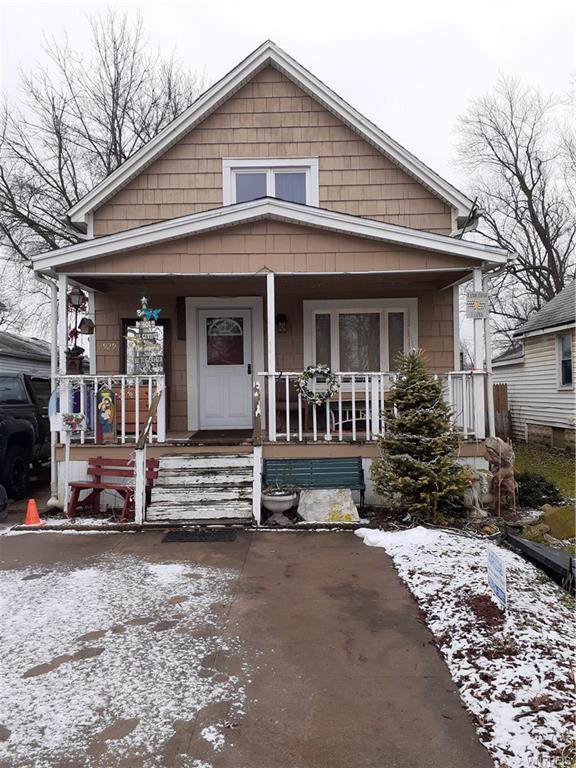 2929 Birch Avenue, Niagara, NY 14305 (MLS #B1243208) :: The CJ Lore Team | RE/MAX Hometown Choice