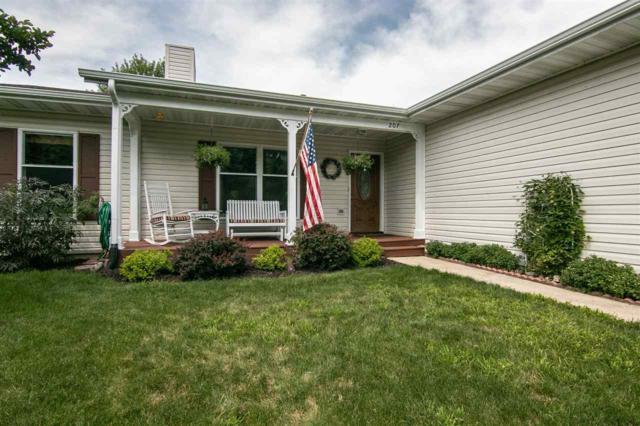 207 SE Brandywine Drive, Poplar Grove, IL 61065 (MLS #201804364) :: Key Realty