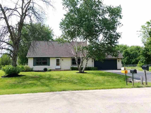 11662 Cedarbrook Road, Roscoe, IL 61073 (MLS #201904460) :: HomesForSale123.com