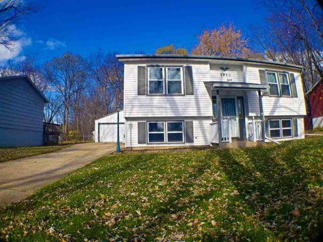 1910 Plateau Avenue, Loves Park, IL 61111 (MLS #201807197) :: Fidelity Real Estate Group