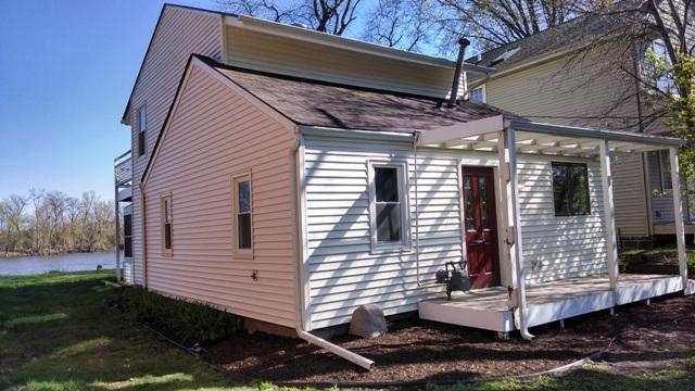 11109 Edgemere Terrace, Roscoe, IL 61073 (MLS #201704396) :: Key Realty