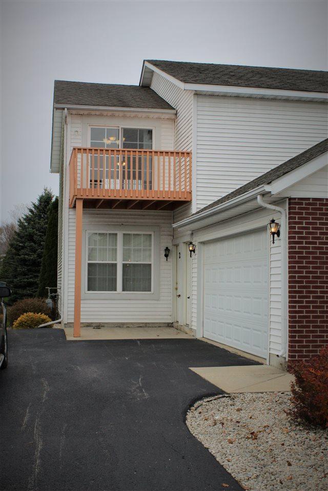 10164 Monarch Road Unit 1, Roscoe, IL 61073 (MLS #201807030) :: Fidelity Real Estate Group
