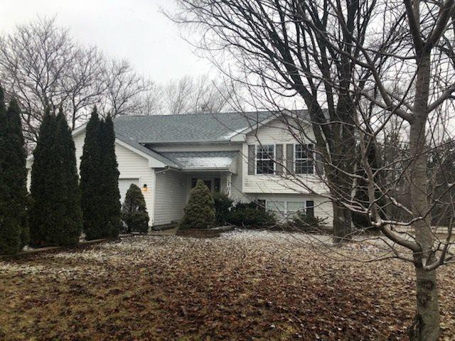 101 Deerpath Way, Poplar Grove, IL 61065 (MLS #201807896) :: HomesForSale123.com
