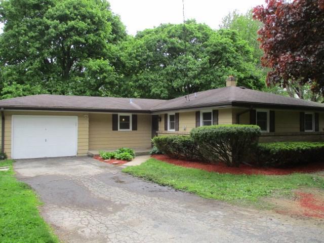 3019 Vinton Avenue, Rockford, IL 61101 (MLS #201902721) :: HomesForSale123.com