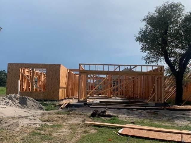 114 Shady Terrace, ROCKPORT, TX 78382 (MLS #136142) :: RE/MAX Elite | The KB Team