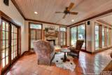 305 Hill Country Ln - Photo 18