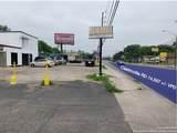 1303 Castroville Rd - Photo 3