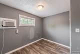 827 Rosewood Ave - Photo 18