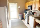 1024 Crockett St - Photo 12