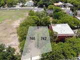 742 Aransas Ave - Photo 1
