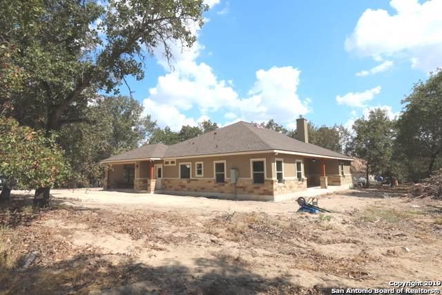 712 Falling Leaves Dr, Adkins, TX 78101 (MLS #1393020) :: BHGRE HomeCity