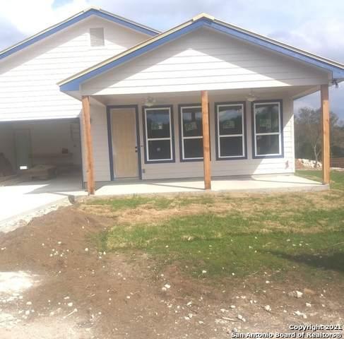 718 Chip Shot Circle, Spring Branch, TX 78070 (MLS #1486771) :: Carter Fine Homes - Keller Williams Heritage