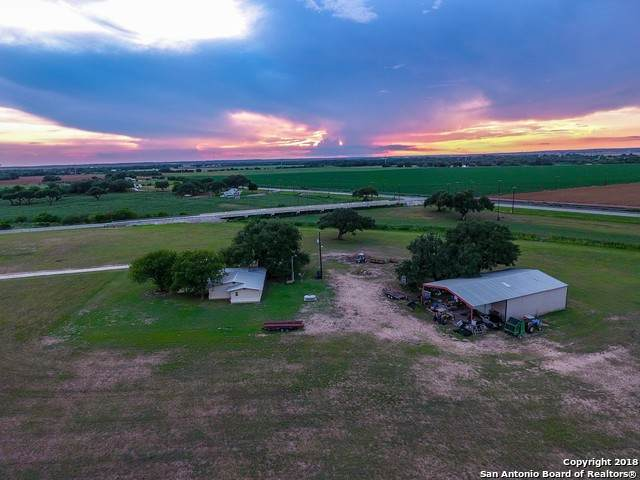 14830 Sherwood Rd, Atascosa, TX 78002 (MLS #1324457) :: Alexis Weigand Real Estate Group