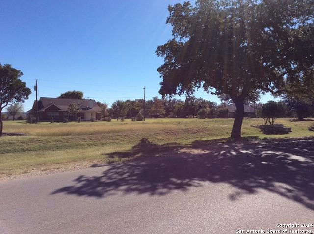 5 Flying L Dr, Bandera, TX 78003 (MLS #1084709) :: Tom White Group