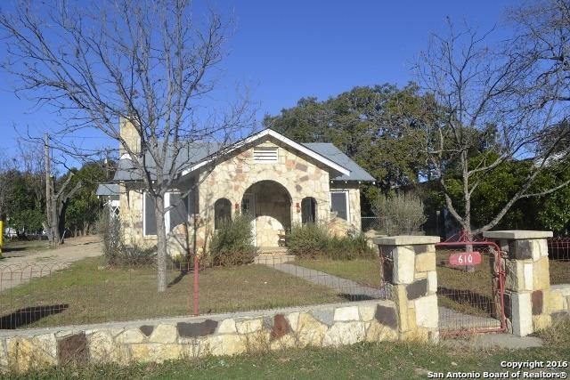 610 Main St, Bandera, TX 78003 (MLS #1158991) :: Exquisite Properties, LLC