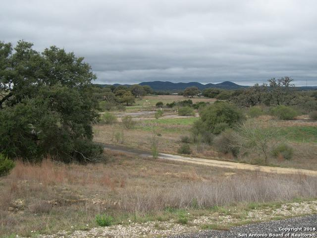 LOT 14 Lariat Trce, Bandera, TX 78003 (MLS #1165396) :: Alexis Weigand Real Estate Group