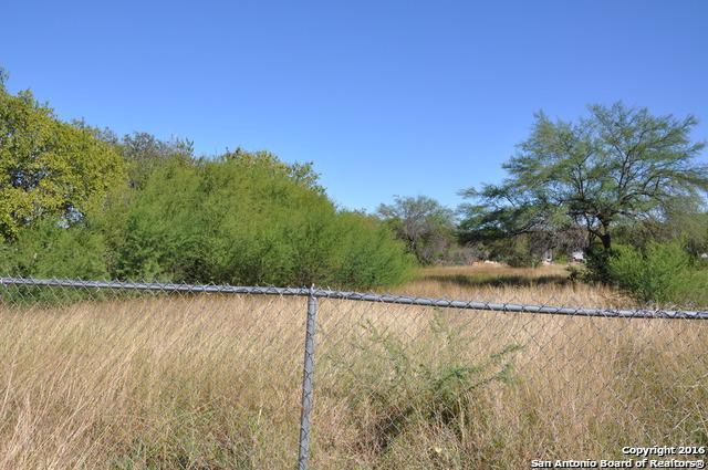 000 Barclay, San Antonio, TX 78207 (MLS #1180775) :: Magnolia Realty