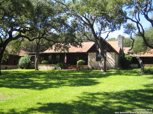 10942 Dedeke Dr, New Braunfels, TX 78132 (MLS #1209352) :: Erin Caraway Group