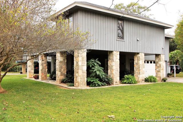 195 Royal George Circle, McQueeney, TX 78123 (MLS #1214893) :: Exquisite Properties, LLC