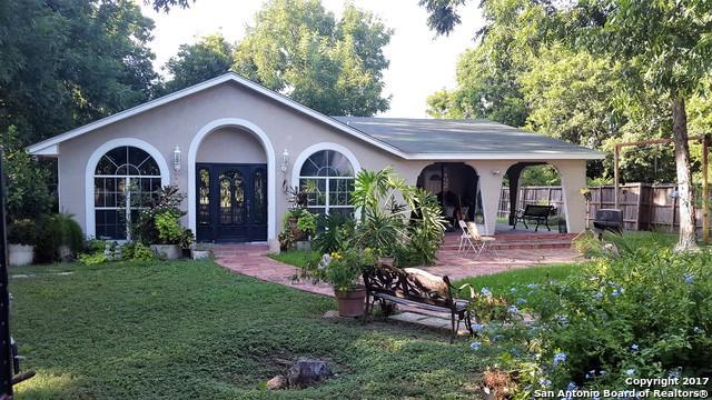 2433 W Southcross Blvd, San Antonio, TX 78211 (MLS #1221055) :: NewHomePrograms.com LLC