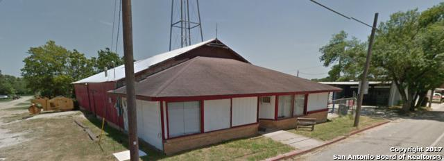 120 W 3rd St, Nixon, TX 78140 (MLS #1229750) :: Ultimate Real Estate Services