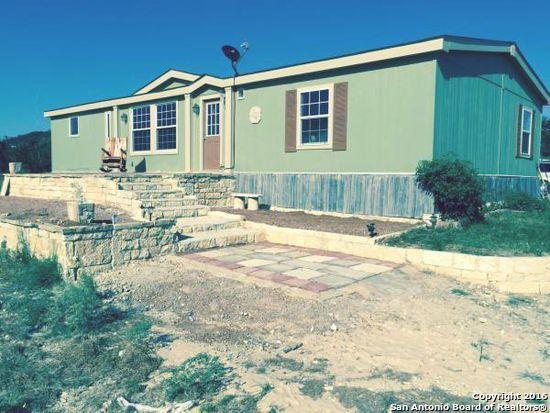 365 Forest Trail Dr, Bandera, TX 78003 (MLS #1240161) :: ForSaleSanAntonioHomes.com