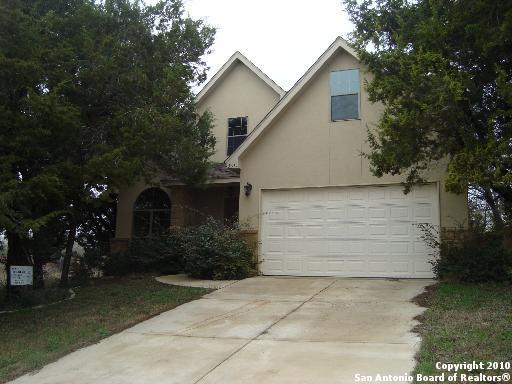 13611 Puro Oro Dr, Universal City, TX 78148 (#1240654) :: The Perry Henderson Group at Berkshire Hathaway Texas Realty