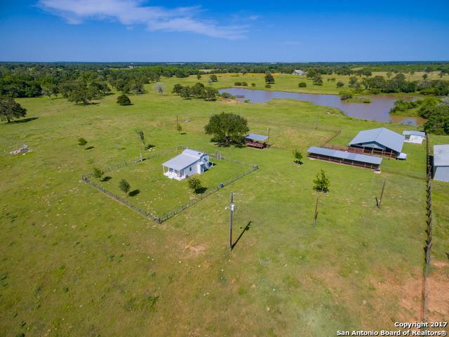 5148 County Road 240, Waelder, TX 78959 (MLS #1241561) :: Ultimate Real Estate Services