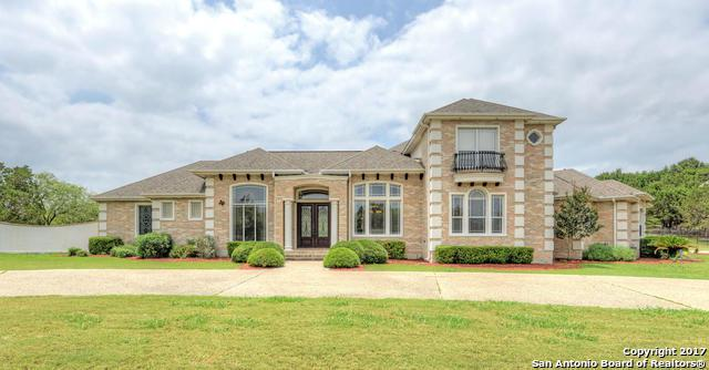 10038 Trophy Oaks Dr, Garden Ridge, TX 78266 (MLS #1245554) :: Ultimate Real Estate Services