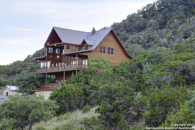 1805 Triple Peak Dr, Canyon Lake, TX 78133 (MLS #1248312) :: Alexis Weigand Real Estate Group