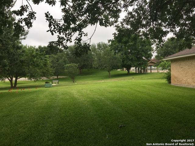 3917 Cedar Ct, Schertz, TX 78108 (MLS #1249115) :: Alexis Weigand Real Estate Group