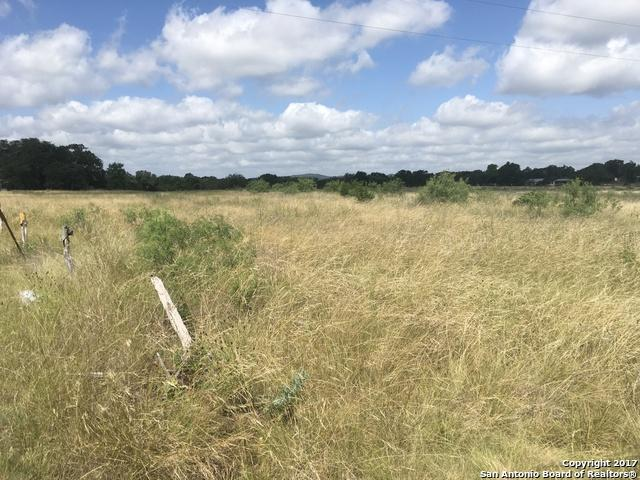 105 Whispering Winds Rd, Bandera, TX 78003 (MLS #1250273) :: Exquisite Properties, LLC