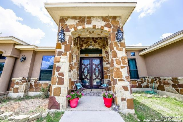 32 County Road 321, La Vernia, TX 78121 (MLS #1251424) :: Neal & Neal Team