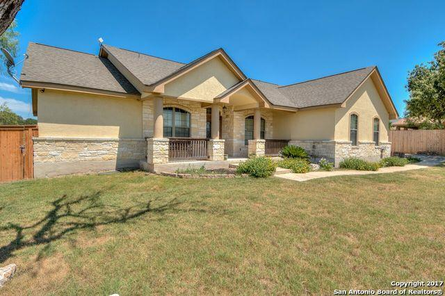 136 Trail Boss, La Vernia, TX 78121 (MLS #1251742) :: Neal & Neal Team